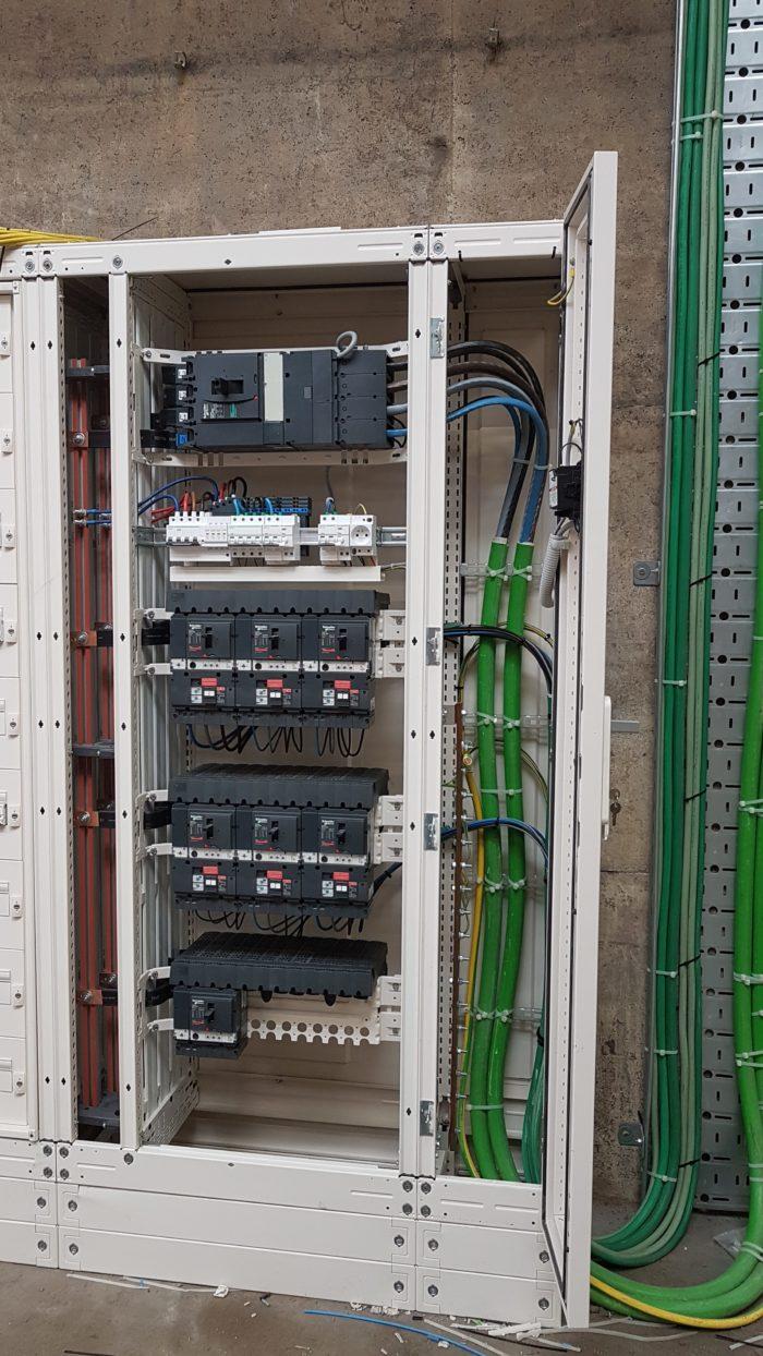 Industriële Schneider Electric Prisma P verdeelkast 400A